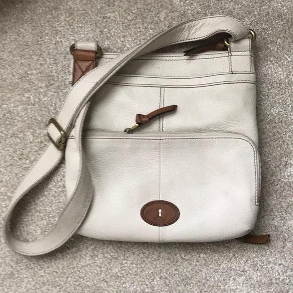 Fossil Handbags - Fossil cream leather crossbody bag